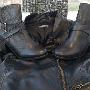 BCBGeneration Black Boots